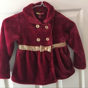 ☘️Girls wine colored jacket size 5